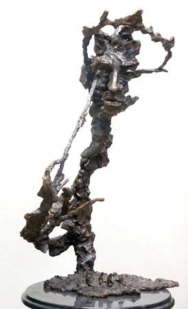 Танец с саблямия. А.Хачатурян.Бронза.Высота-150см.2003.Ереван, Армения